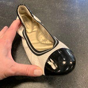 Dexflex Comfort ballet flats, women's size 5